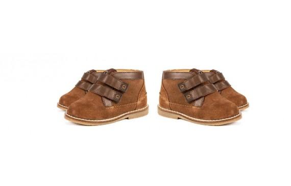 Botines y zapato alto para niños
